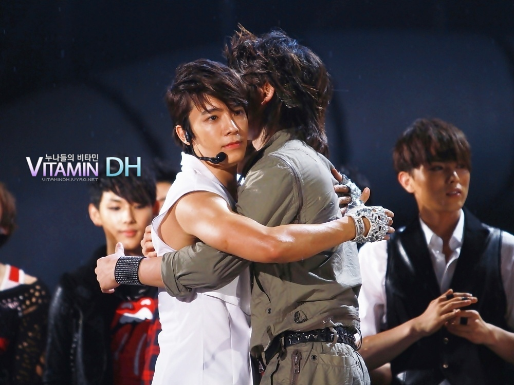 Minho And Taemin Kiss Dream Team
